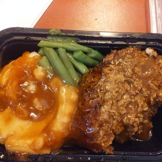 Meatless Meatloaf, Mashed Pototaes & Gravy, Green Beans
